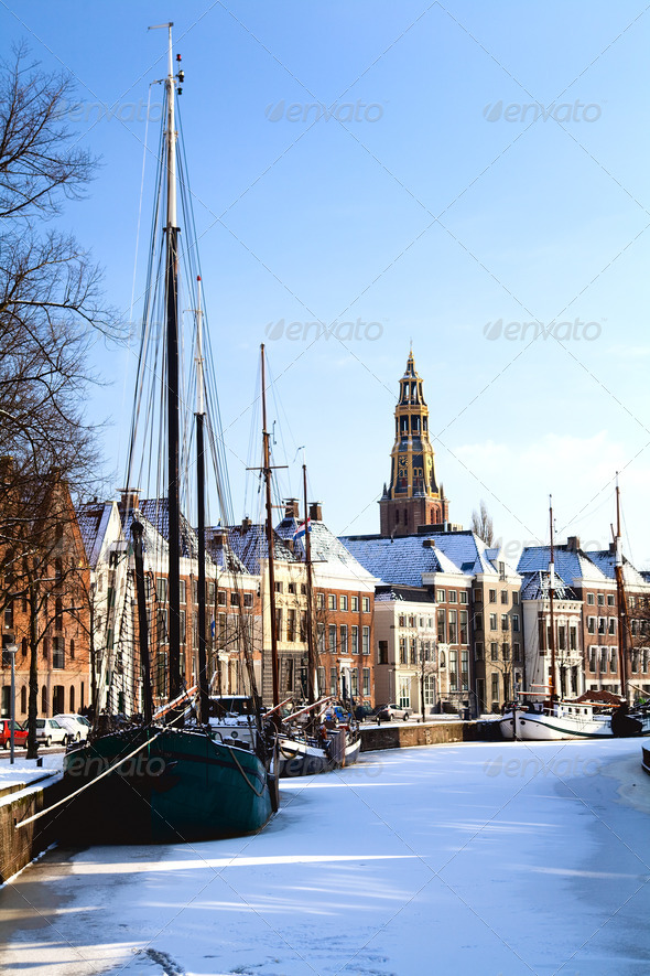 PhotoDune Groningen in snow 4102056