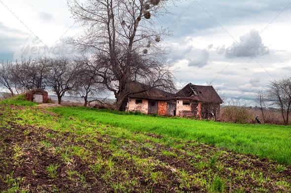 PhotoDune abandoned house and storm 4102193