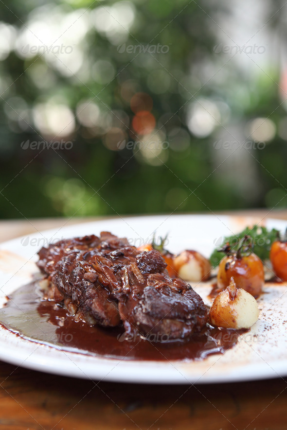 PhotoDune Roasted duck fillet with berry sauce 4152527