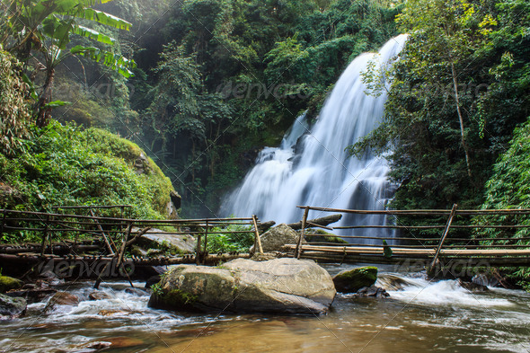 PhotoDune A beautiful waterfall in northern Thailand 4175616